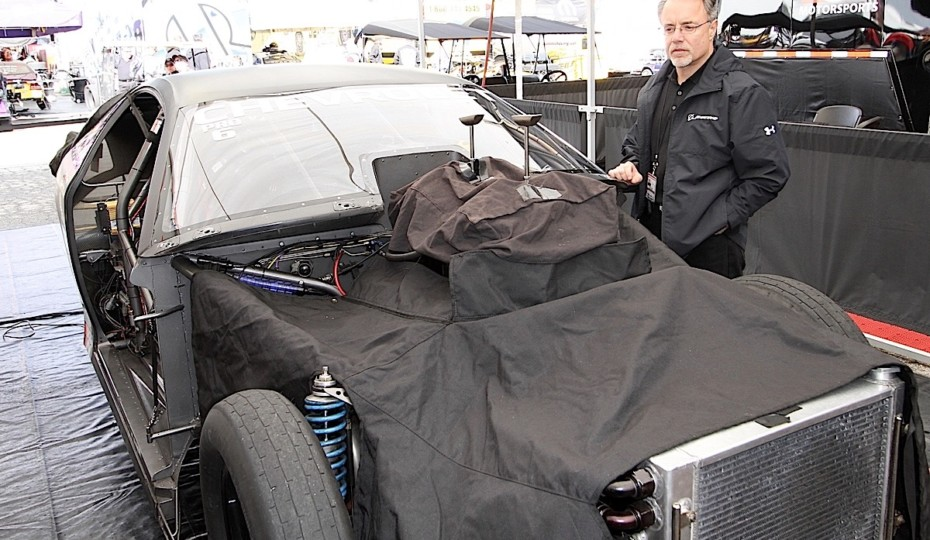 NHRA Ponders EFI and Other Changes to Pro Stock