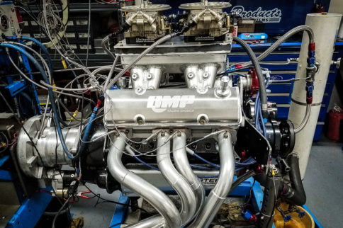 Video: QMP Racing Builds 930+ Horsepower Dual Quad Small-block Chevy