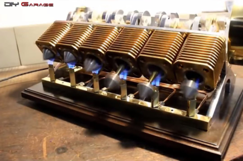 Video: Fascinating Diminutive Engines Crackle For Your Enjoyment